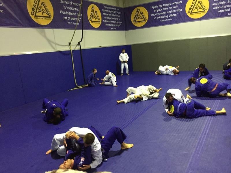 gracie smeaton grange jiu jitsu fundamentals classes